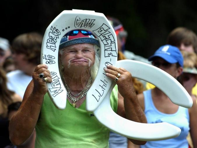 03d-redneck-summer-games-in-atlanta-toilet-seat-southern-horseshoe-tossing-contest